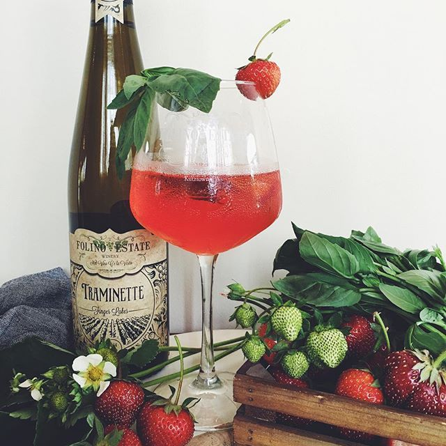 It's June 1st and that means a new sangria! We're utilizing the best of the season and sourcing fresh local strawberries for our new Strawberry Basil Sangria! This week's strawberries are from Ontelaunee Orchards in Leesport. The smell is like summer in a glass! #sangria #strawberries #wine #winery #vineyard #drinklocal #folinoestate #winewednesday #folinoestatesangria