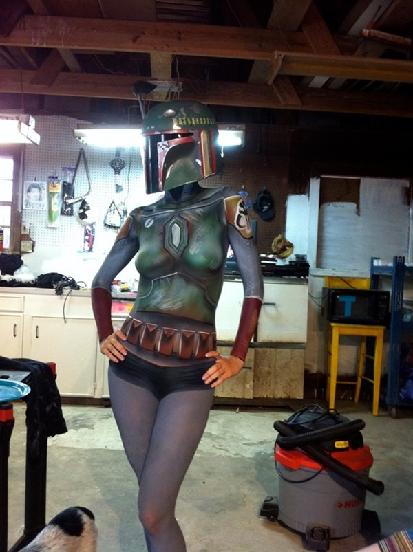 Boba Body Paint. Check out that weird R2 unit in the background.: Art Schools, Fett Body, Body Paintings, Boba Fett, Stars War, Body Art, Bodypaint, Paintings Boba, Starwars