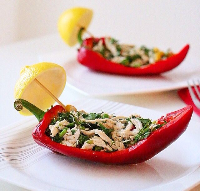 biber teknesinde tavuk salatası