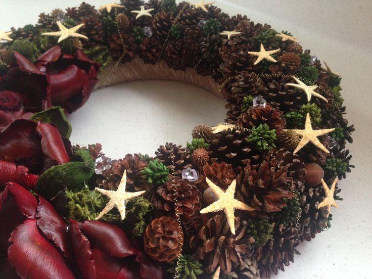Seasonal Wreath, Christmas Wreath, Natural Wreath, Pinecones Wreath, Holiday Decor, Home Decor, Outdoor, Indoor Decor, Handmade, Door Decor by JuraDeco on Etsy