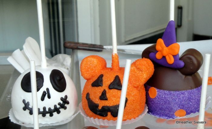 Disneyland Halloween Treats   the disney food blog