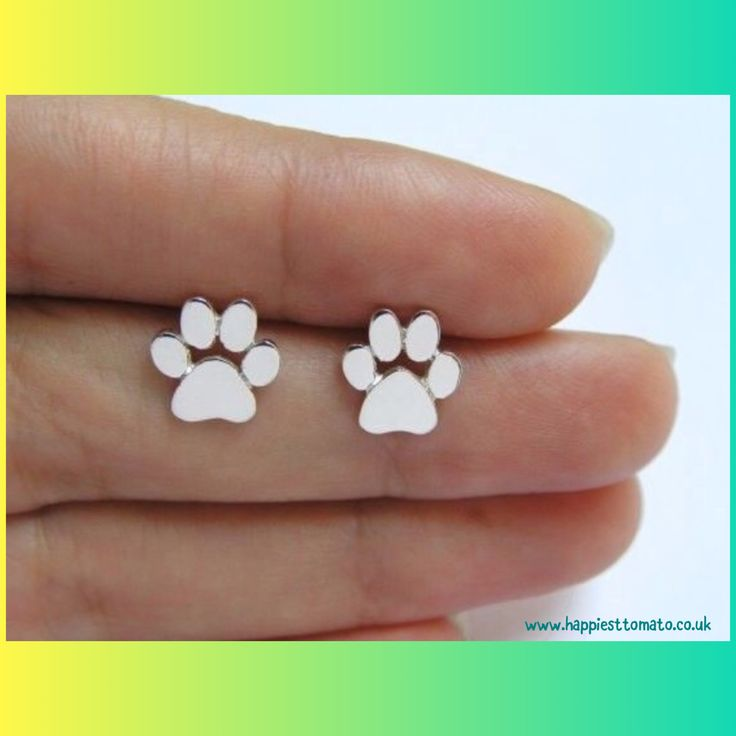⭐️⭐️⭐️ADVENT CALENDAR STAR OFFERS!⭐️⭐️⭐️ It's Dec 13th and for one day only, these gorgeous silver paw print earrings have been reduced to just £4.99! 💕🎄☃️  http://www.ebay.co.uk/itm/152413979249 #XmasGifts #cat #dog
