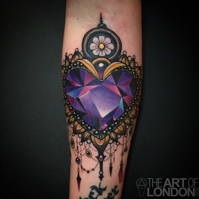 amethyst crystal heart tattoo by londonreese at vaticanstudiosoc in lake forest ca. Black Bedroom Furniture Sets. Home Design Ideas
