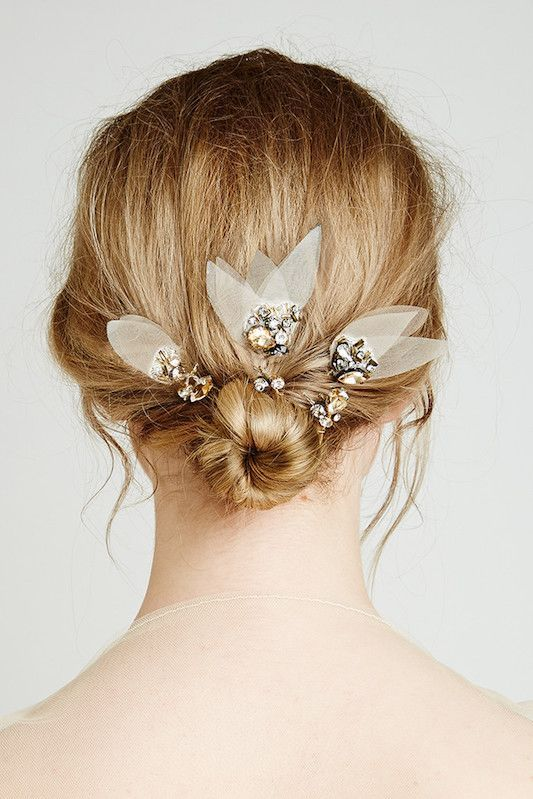 cool Coiffure mariage : Festival Brides Love: Bridal Hairpieces by Feather & Coal