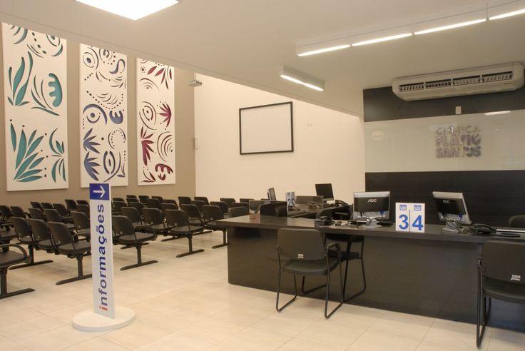 Mobiliário de áreas comuns e consultórios médicos executados. | Projeto: José Ribeiro e Yamara Santos. | Soluções Corporativas S.C.A.