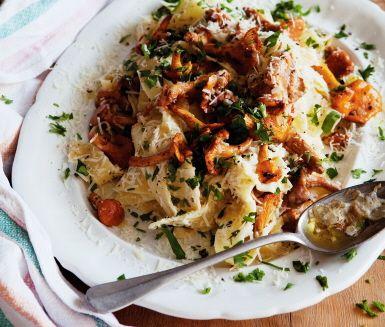 Recept: Pappardelle med kantareller och mascarpone