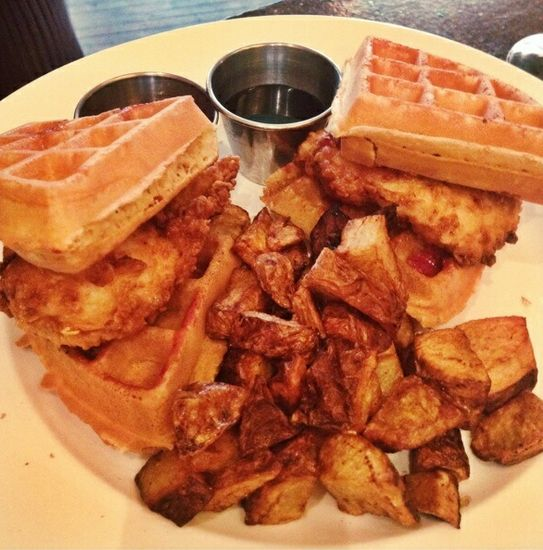 The No-Frills Guide to Brunch in Downtown Memphis | I Love Memphis
