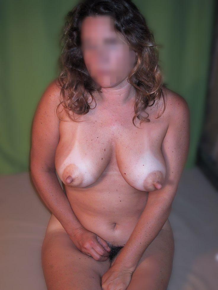 naked couple maternity pics