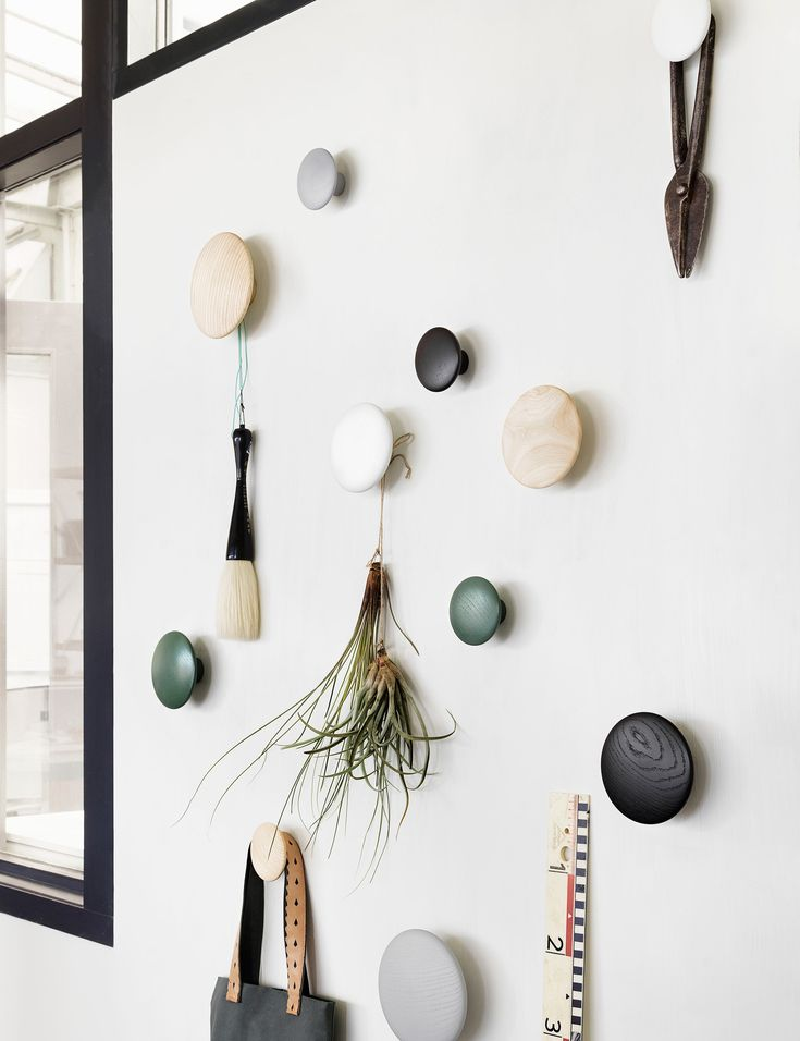 The DOTS, designed by Lars Tornøe, are already a design icon, having introduced a new perspective on the coat hook. Produced from high quality wood, The DOTS sculptured design can be arranged on the wall in exactly the pattern and colour combination that is desired. They are very versatile and can be used in multiple settings, including the entrance hall, bedroom and kitchen.