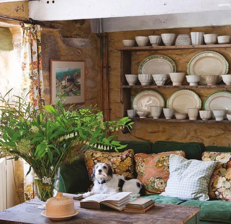 Home Interior Design Decor English Cottage Home Decor: English Country Cottage Living Room. Perfection!