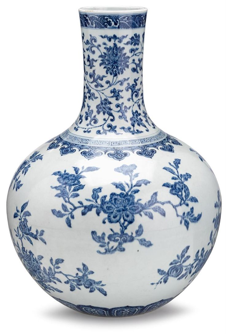 ASIAN ARTS - SALE 1485 - LOT 568 - FREEMAN'S AUCTIONEERS Large Chinese blue and white 'sanduo' bottle vase Painted in Ming style with scrolling lotus motifs above flowering and fruiting 'sanduo' sprays, with wave band at mouth, ruyi band at shoulder and lappet band near base. H: 20 inches