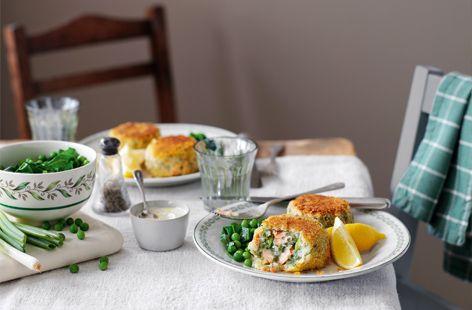 Salmon and herb fishcakes with horseradish cream HERO