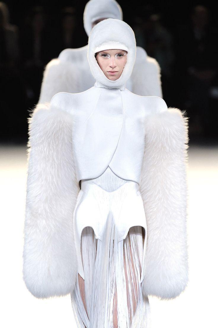 Catwalk Gallery - Saga Furs