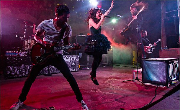 One of my favorite pics of Flyleaf!