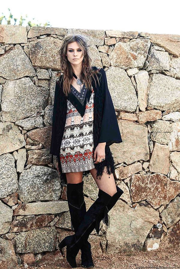 Vestido+estilo+boho+a%C3%B1os+70+moda+invierno+2016+Tucci.jpg (600×899)