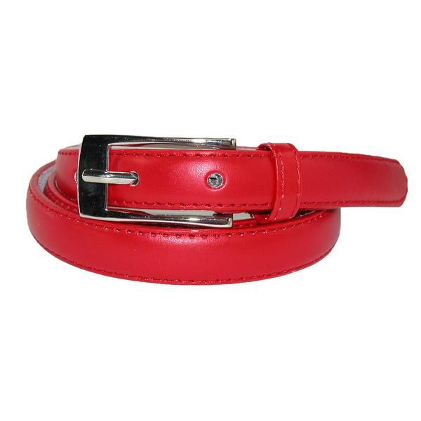 A traditional women's skinny leather belt. Only 3/4 inches wide, this belt works great as a hip belt to hold up your pants, and as a waist belt to accent an outfit. With many colors available, you can find one for any outfit. The long buckle has a traditional silver finish.