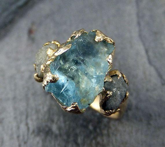 Raw Uncut acquamarina diamante oro anello di di byAngeline su Etsy