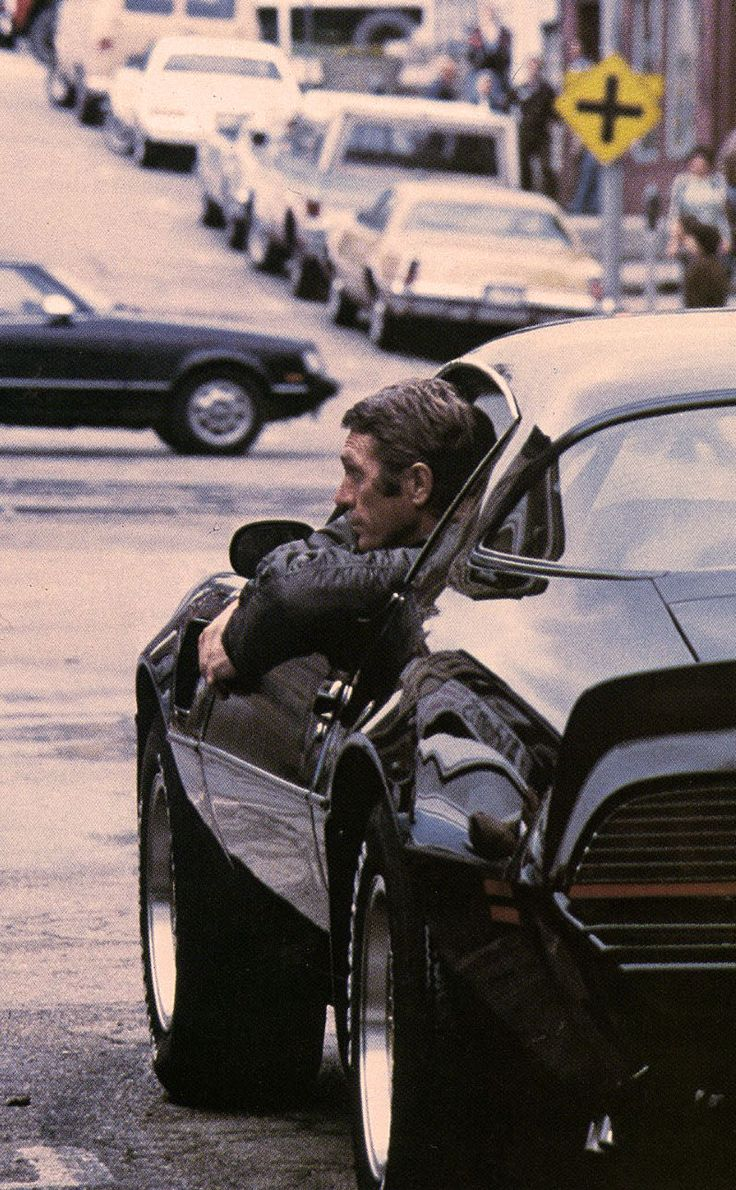 Legendary film icon Steve McQueen is seen here riding around in an awesome muscle car. The man really loved to live life in the fast lane. Repinned by www.BlickeDeeler.de
