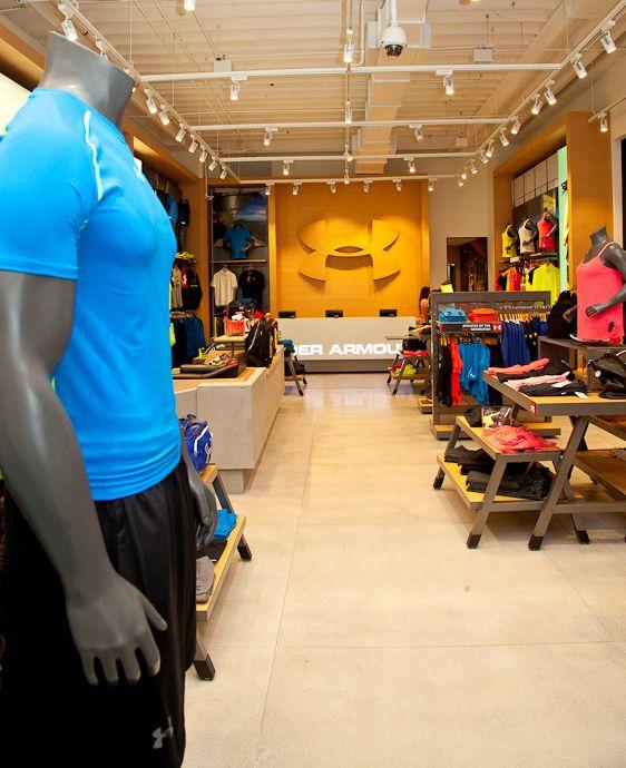 A @underarmourbrasil abriu no @morumbishopping sua primeira loja no Brasil. Brand House tem 185 m2 de área e reforça os valores da marca, de determinação, meta e esforço #underarmour #sp #flagship #sports #running #iwillwhatiwant #NOVAREJO