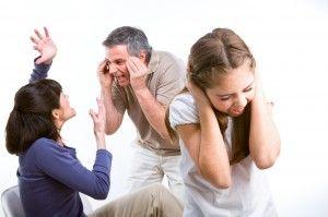 J.SEOANE es un Despacho de Abogados especialistas en separaciones matrimoniales y divorcios. Le asesoramos sobre cualquier cuestión referente al divorcio: procedimientos de divorcio contenciosos y divorcio de mutuo acuerdo, nulidad matrimonial, redacción de convenios reguladores y liquidación de sociedad de gananciales, así como en procesos de violencia de género y malos tratos.