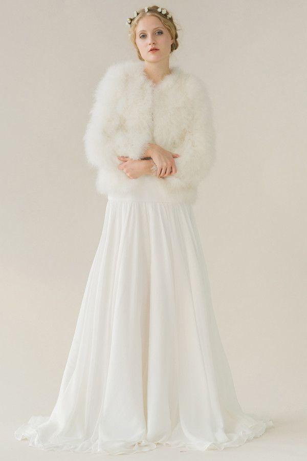 les 22 meilleures images propos de mari e en hiver sur pinterest mariage bouquet d 39 hiver et. Black Bedroom Furniture Sets. Home Design Ideas