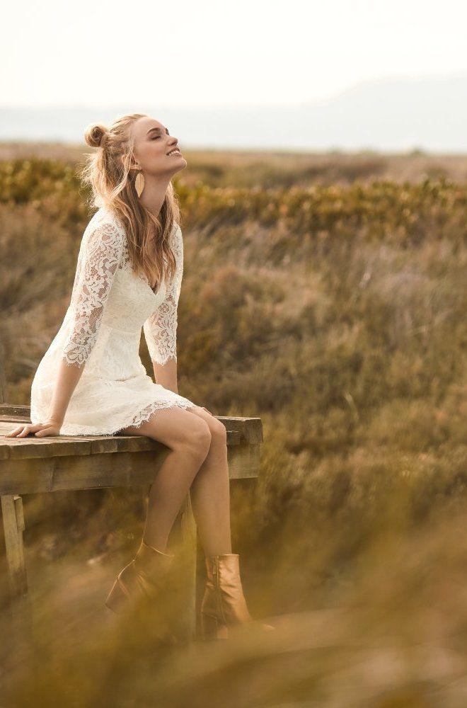 30 best robe de mari e courte mariage civil images on pinterest civil wedding short dress. Black Bedroom Furniture Sets. Home Design Ideas