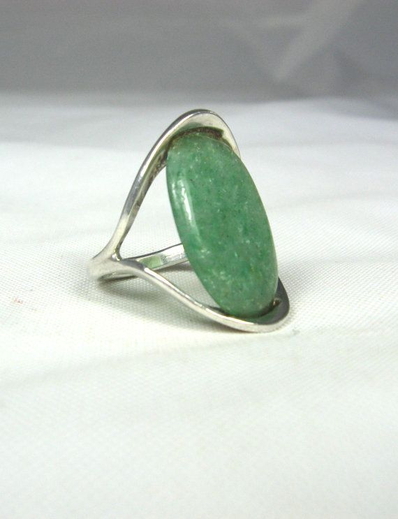 Vintage Oval Jade Ring 4.5 Sterling Silver Mexico by TheFashionDen, $30.00