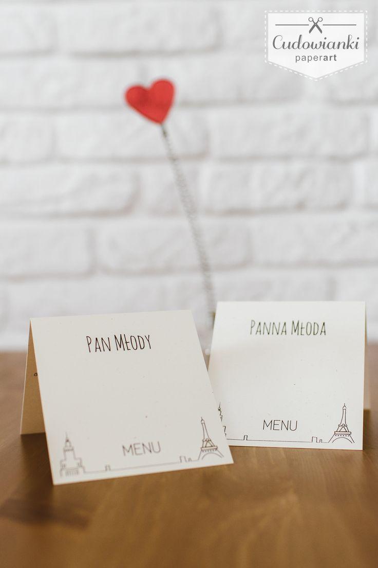 Place card and menu with small Eiffel Tower and The Palace of Culture and Science. Polish - French Love!   Winietka i menu w jednym - dekoracje ślubne z Wieżą Eiffle'a i warszawskim Pałacem Kultury i Nauki.
