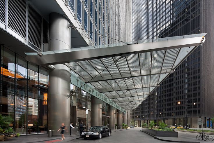Som Trump Tower Entrance Canopy Architecture Hotel