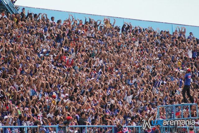 Arema vs Deltras - It's Time to Action, Aremania