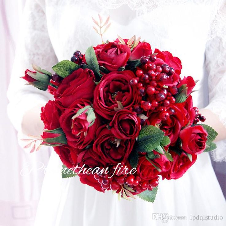 Top Quality Red Wedding Bouquets Bridal Red Roses Wedding Flowers New Arrival Romantic Style 20*30cm Bridal Bouquets Wedding Bouquets Wedding Bouquets Online with $55.0/Piece on Lpdqlstudio's Store | DHgate.com