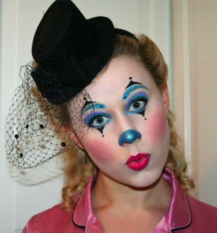 clown schminken augenschatten blau lila lippenstift schwarzer hut