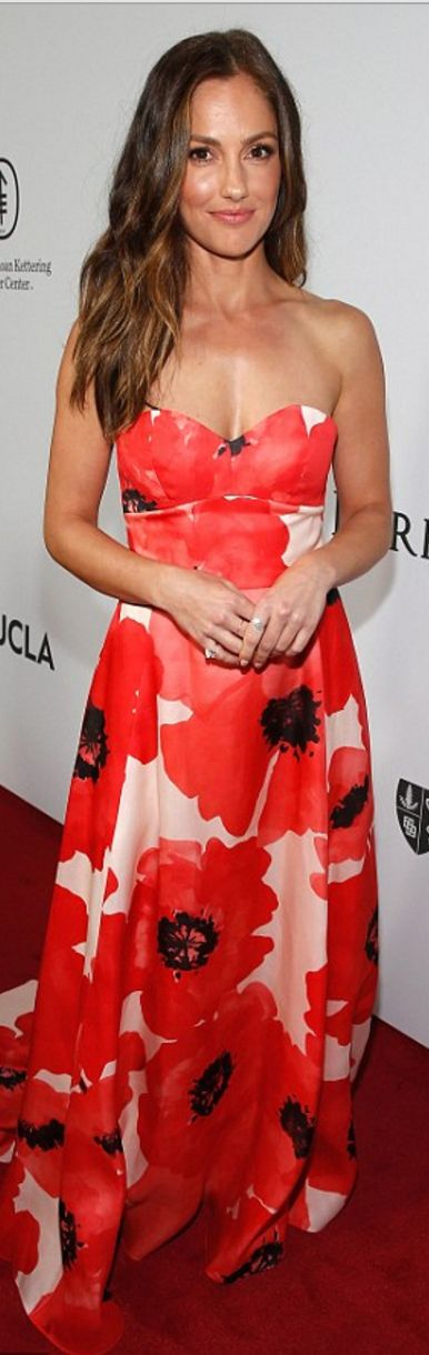 Who made Minka Kelly's floral strapless gown?