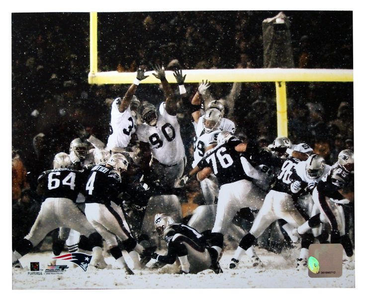 New! New England Patriots Adam Vinatieri Snow Kick Unsigned 8x10 Unframed Photo #NewEnglandPatriots
