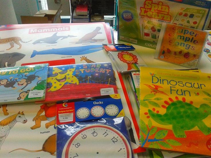 Material de apoyo para el aula de ingles: decoraciones, juegos, flashcards, canciones....