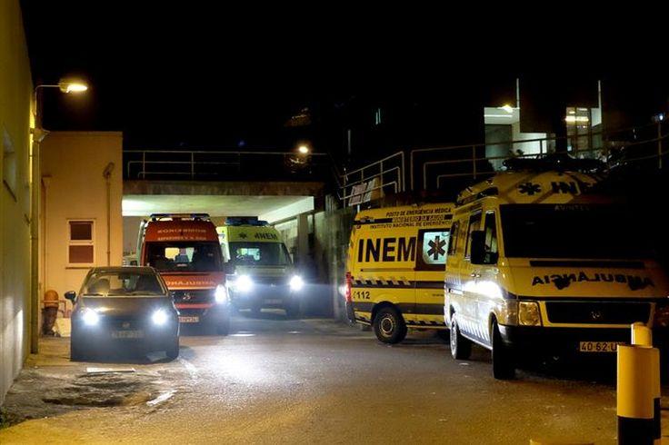 O autor confesso das facadas à mulher, na noite de quarta-feira, em Padim da Graça, Braga, apresentou-se esta quinta-feira na GNR e foi entregue agora à Polícia Judiciária.