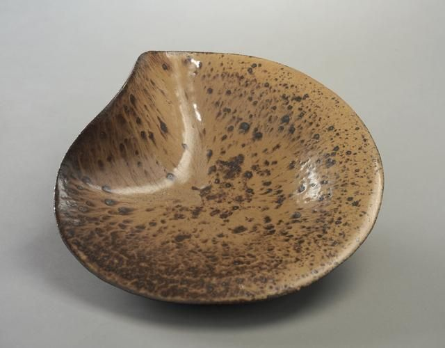 Object: Land form bowl | Collections Online - Museum of New Zealand Te Papa Tongarewa