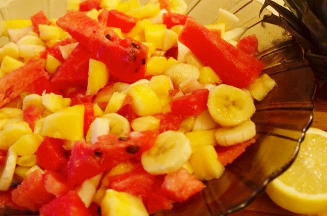 Salată de fructe (după 9 luni)