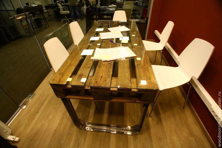 Купить Обеденный стол для столовой / для переговорной из паллет(из поддонов) - разноцветный, стол, паллет, изпаллет