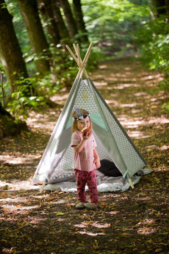Tipi Kids Play Teepee Tent LittleNOMAD's von TeepeeLittleNOMAD
