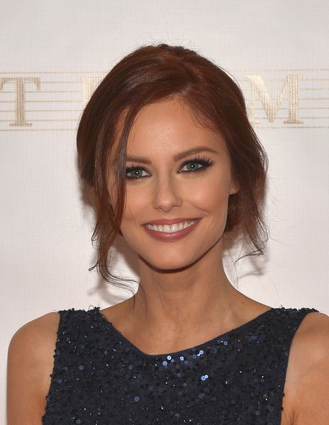 Alyssa Campanella Loose Bun - Alyssa Campanella fixed her locks into a loose updo for the Miss Universe Pageant.