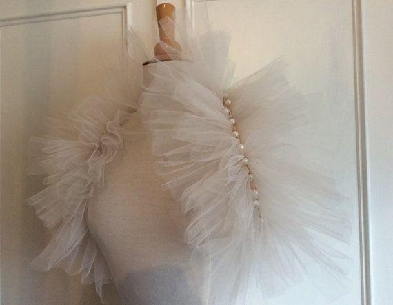 Théâtre de Paris Tulle Bridal Wedding Wrap stole by DelltonCouture