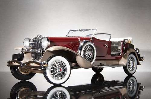 """Ever wonder where the phrase """"it's a doozie!"""" came from? That would be from the Duesenberg. ..... I've never seen such a beautiful car"""