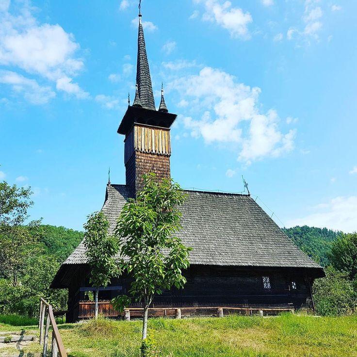 Faithful #wood. #Maramures #Romania #Europe #Church #churchstagram #travel #sky
