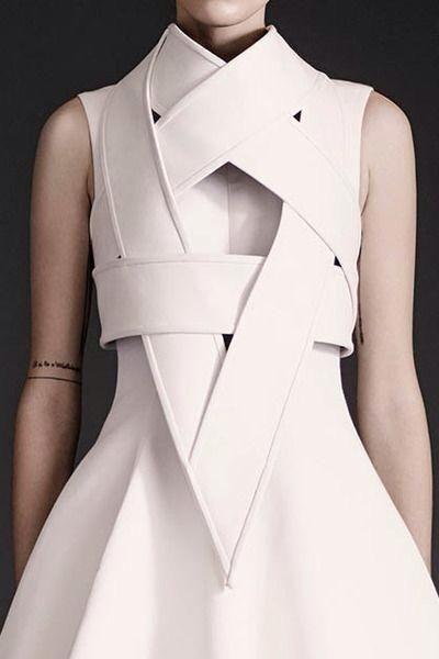 beautiful + minimal | designed lwd  | @commoncurator