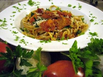 """Pasta con Pomodori Arrosto - We've all tasted spaghetti sauce but sauce made with roasted tomatoes is a """"horse of a different colour"""", roasting adds an extra sweet, caramelized dimension to the sauce"""