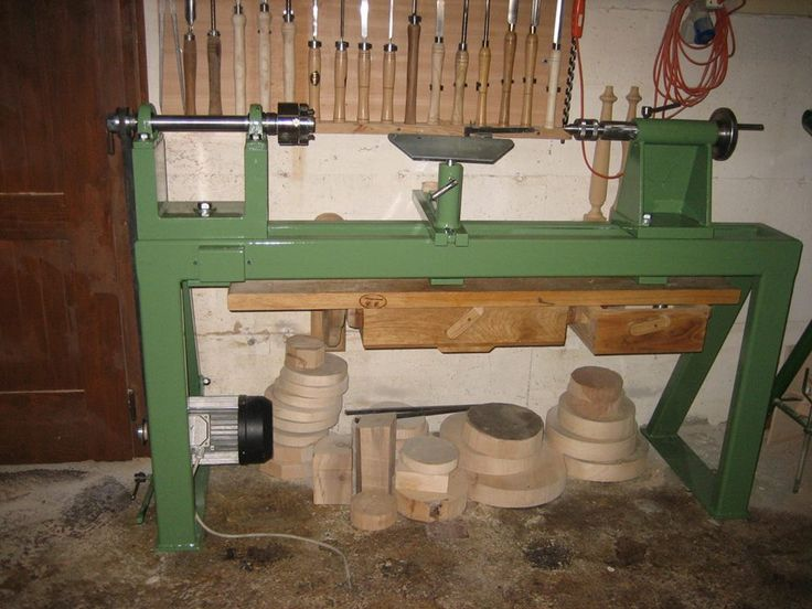 Construction Artisanal Wood Lathe