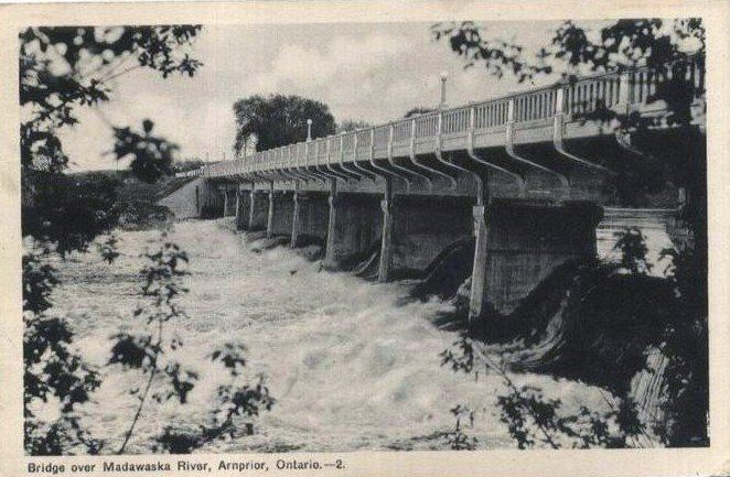 This is the old bridge I remember with the scary catwalk.