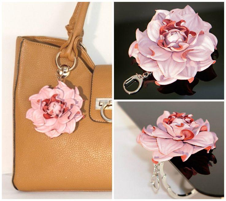 2 In 1 : Table BAG Hanger Hook + Flower BAG CHARM Floral Leather Purse