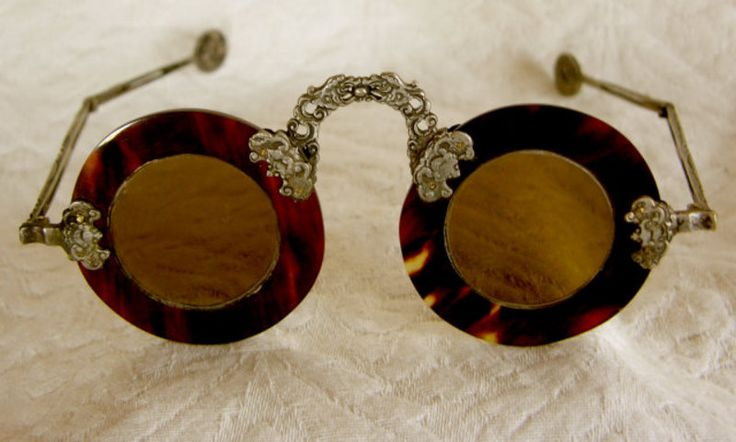pre-1900 folding spectacles: Old Chinese society held great respect for age. Upper classes often used eyeglasses as an affectation to increase the appearance of age. tortoise shell w/ intricate paktong fittings. Bats represent good fortune & also emphasized the status of the wearer. See: http://pinterest.com/pin/287386019942811607/